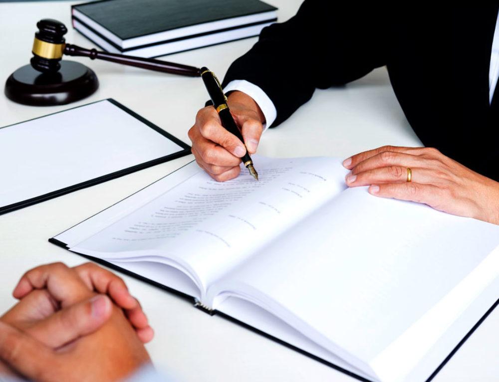 Anulan en Navarra el primer acuerdo firmado entre un cliente y su banco para no reclamar la cláusula suelo