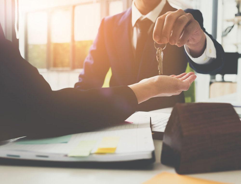 Sentencia prohíbe a los fondos buitre desahuciar a los inquilinos de VPO