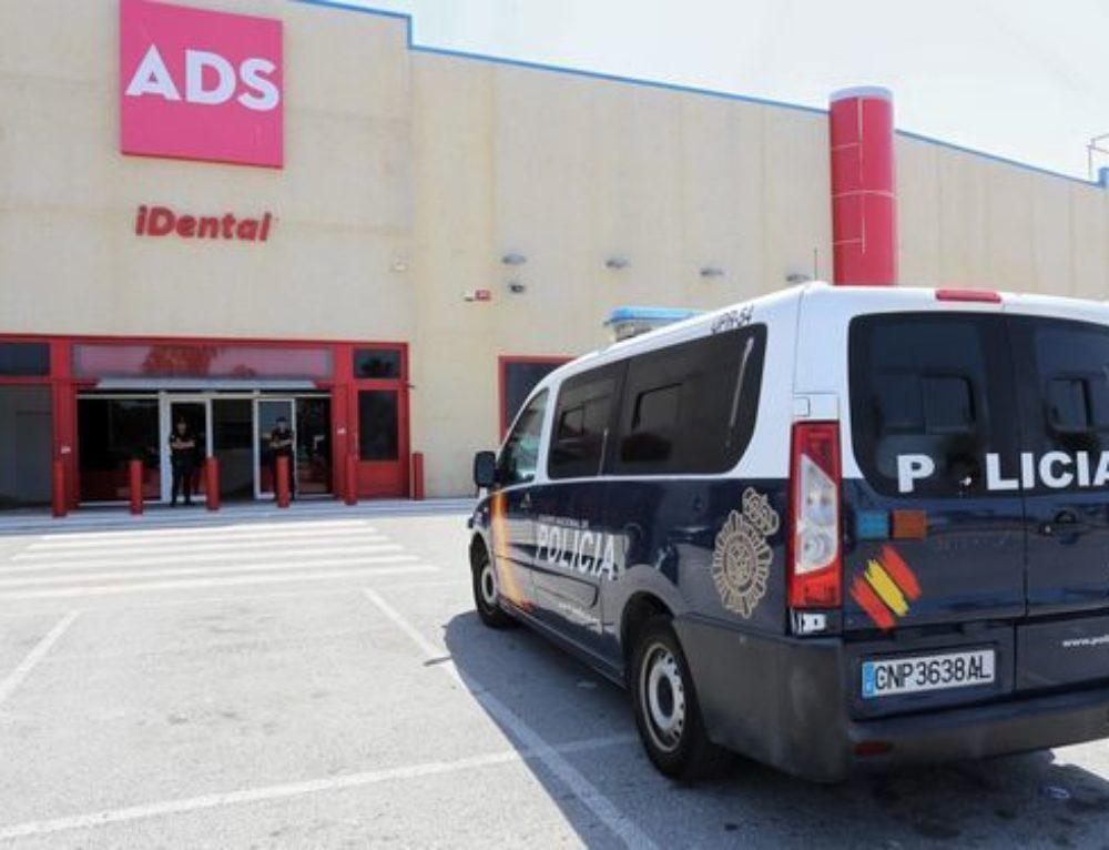 Bufetes de Jerez y Sevilla se unen para atender a los 400 afectados por Idental